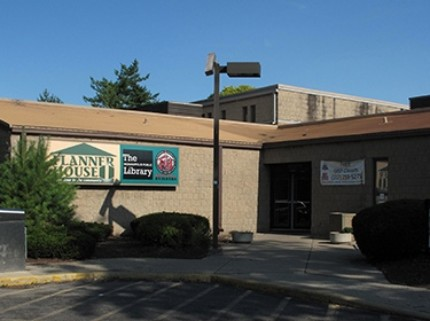 Indy Library Introduces New Services to Flanner House Community Center